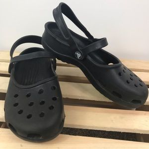 Crocs 🐊 black two adjustable strap sandals size 7